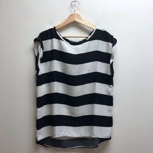 Large Haute monde black & white striped top